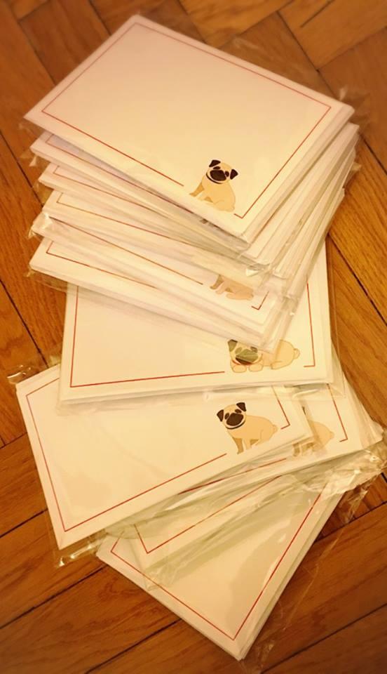 LEON'S PUG WISHES CARDS Ideate, realizzate e donate al Rescue dalla speciale mamma salvacarlina Alessandra NUMERO PEZZI DISPONIBILI n 8 ( set da dieci cartoncini) contributo minimo richiesto € 15 inclusa la spedizione